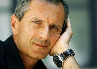 Gianrico Carofiglio: scrivere è difficile o molto difficile