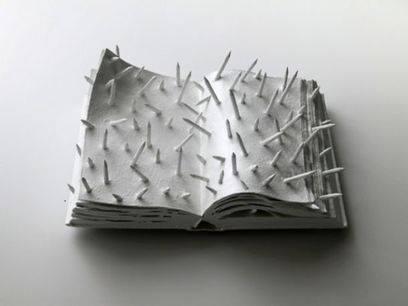 Libro illeggibile