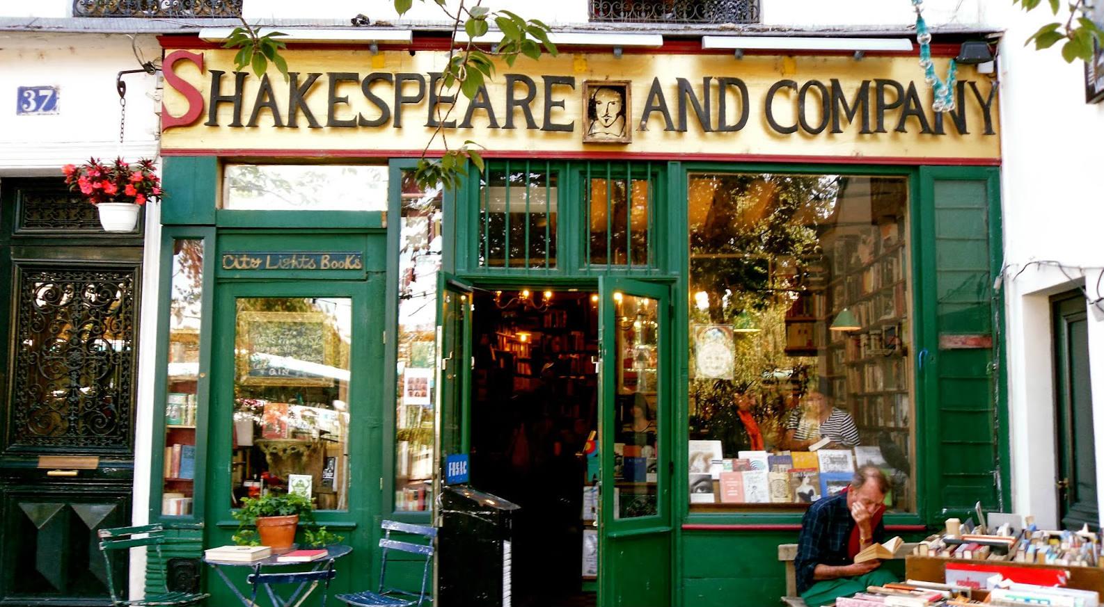 La libreria Shakespeare-and-company di Parigi