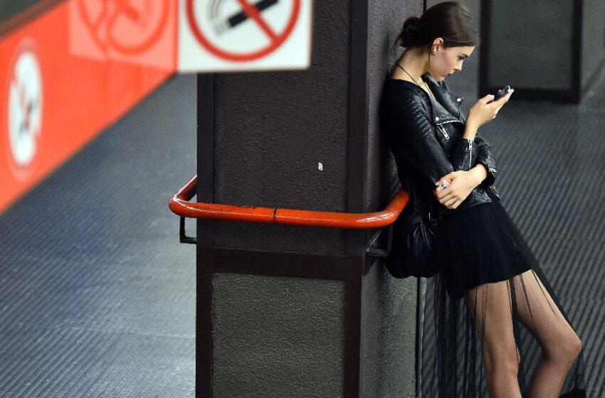 Leggere ebook in metropolitana