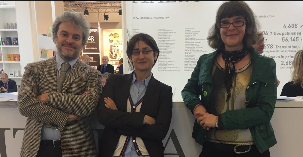 Nella foto, da sinistra, Pierdomenico Baccalario, Chiara Valerio e Nina